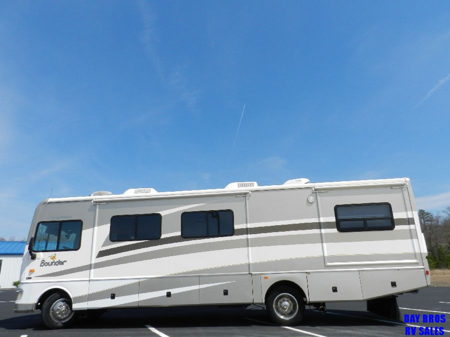 2006 Fleetwood Bounder 34 Class A Motorhome Coach Rv 3